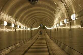 hambourg-ancien-elbe-tunnel