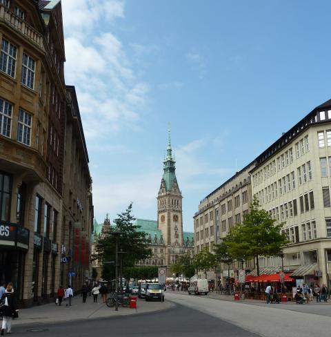 Moenckebergstrasse Hotel de Ville